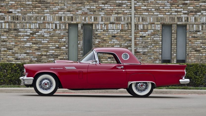 1957 Ford Thunderbird 312/245 HP, Automatic presented as lot S117 at Houston, TX 2012 - image11
