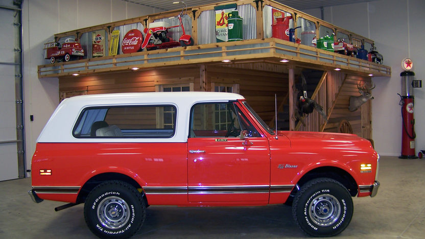 1972 Chevrolet K5 Blazer CST | Mecum Houston 2012 | S351