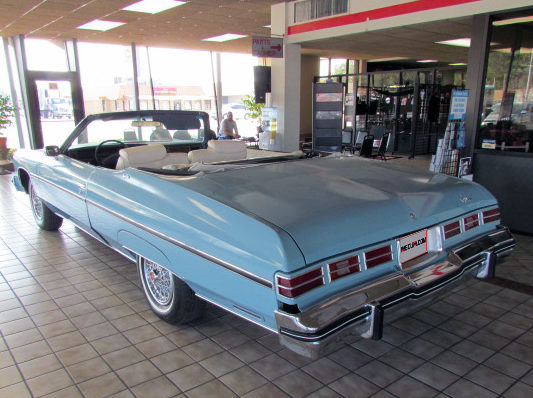 1975 Chevrolet Caprice Convertible 400 CI, Automatic presented as lot T12 at Houston, TX 2013 - image3