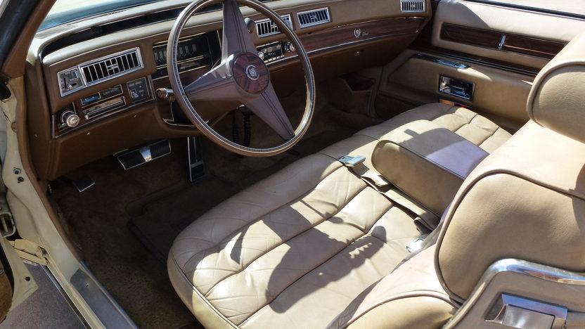 1976 Cadillac Eldorado Convertible 500 CI, Automatic presented as lot T27 at Houston, TX 2013 - image4