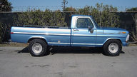 1972 Ford F250 Pickup 390 CI presented as lot T36 at Houston, TX 2013 - thumbail image2