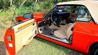 1989 Jaguar XJS Convertible 5.3L, Automatic presented as lot T40 at Houston, TX 2013 - thumbail image5