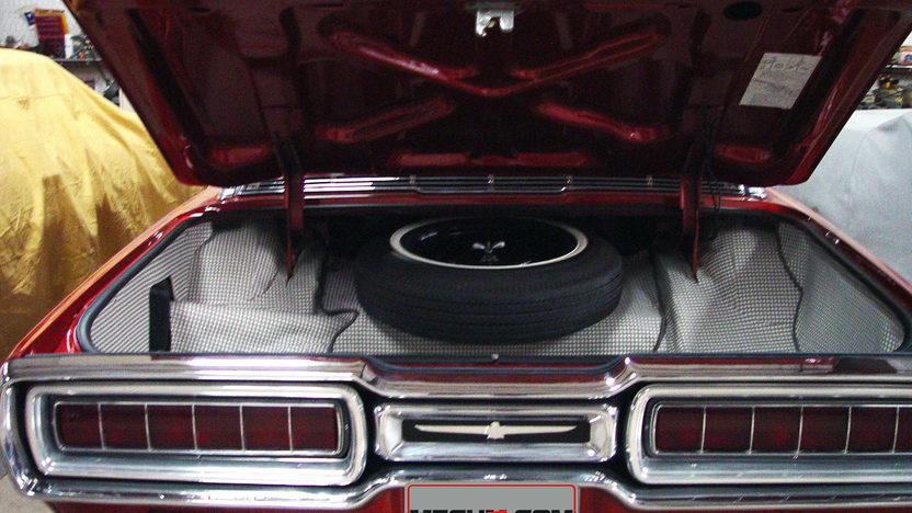 1965 Ford Thunderbird 390 CI, Landau Edition presented as lot T46 at Houston, TX 2013 - image5