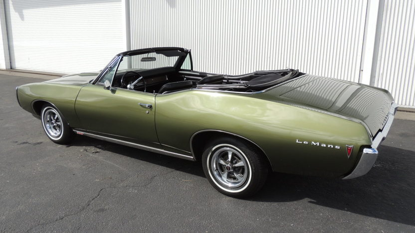 1968 Pontiac Lemans Convertible 350 CI, Automatic presented as lot T89 at Houston, TX 2013 - image7