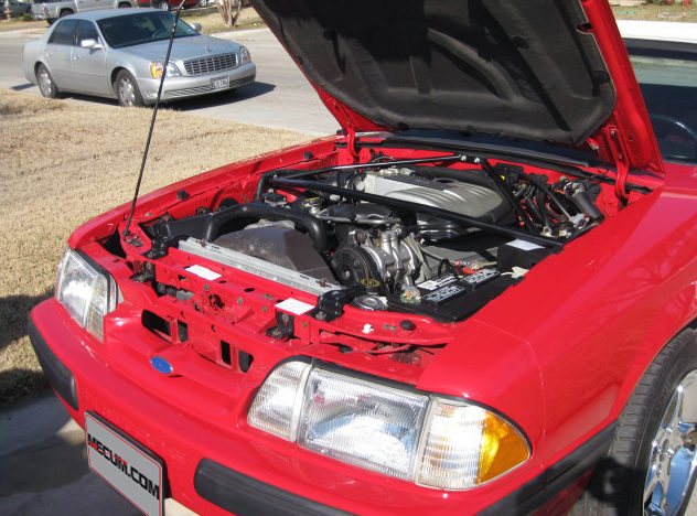 1990 Ford Mustang Convertible 5.0L, Automatic presented as lot T90 at Houston, TX 2013 - image5