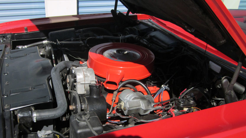 1967 Oldsmobile Delta 88 Convertible 425 CI, Automatic presented as lot T111 at Houston, TX 2013 - image7