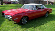 1967 Oldsmobile Delta 88 Convertible 425 CI, Automatic presented as lot T111 at Houston, TX 2013 - thumbail image10