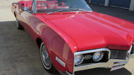 1967 Oldsmobile Delta 88 Convertible 425 CI, Automatic presented as lot T111 at Houston, TX 2013 - thumbail image9
