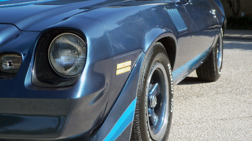 1979 Chevrolet Camaro Z28 350/175 HP, 4-Speed presented as lot T127 at Houston, TX 2013 - image9