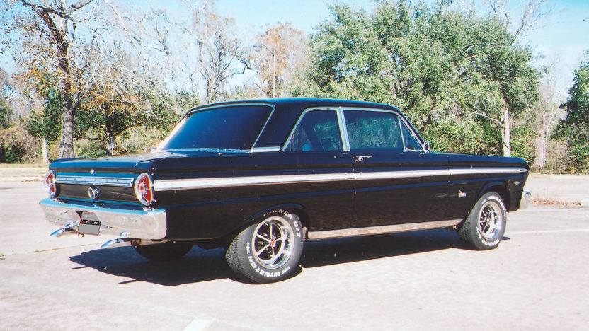 1965 Ford Falcon Futura Sedan 289/210 HP, Automatic presented as lot T137 at Houston, TX 2013 - image10