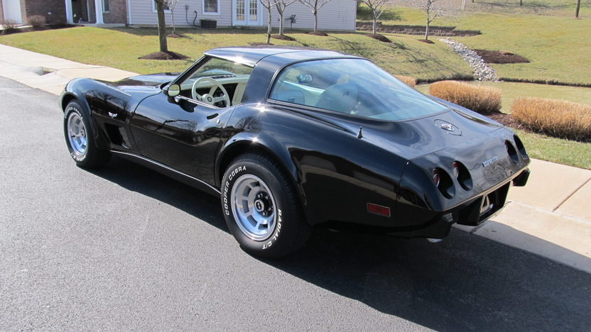 1978 Chevrolet Corvette Coupe 350 CI, Glass T-Tops presented as lot T139 at Houston, TX 2013 - image3