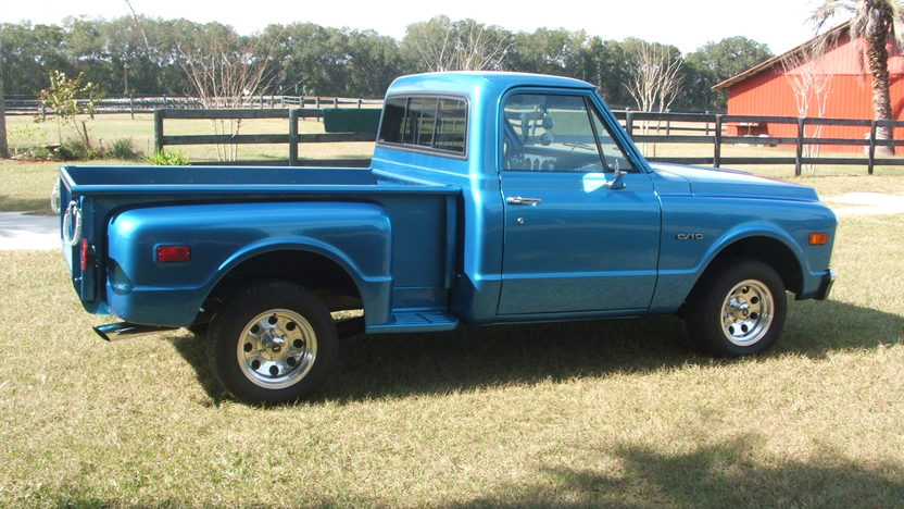 1970 Chevrolet C10 Pickup 350 CI, Automatic presented as lot T148 at Houston, TX 2013 - image2