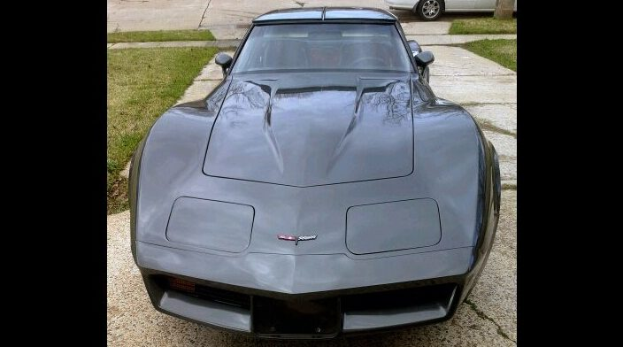 1981 Chevrolet Corvette 350 CI, 4-Speed presented as lot T150 at Houston, TX 2013 - image10