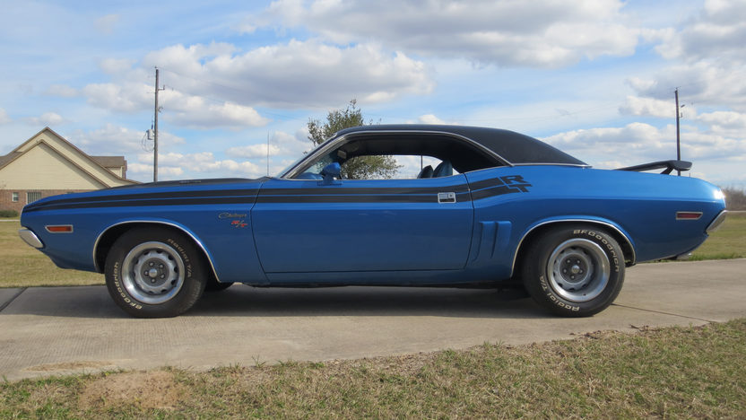1971 Dodge Challenger R/T 440 CI, Factory Air presented as lot T170 at Houston, TX 2013 - image2