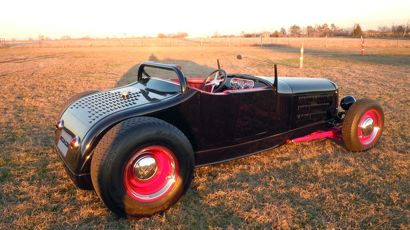 1927 Ford Roadster Street Rod 350/350 HP, Automatic presented as lot T203 at Houston, TX 2013 - image2