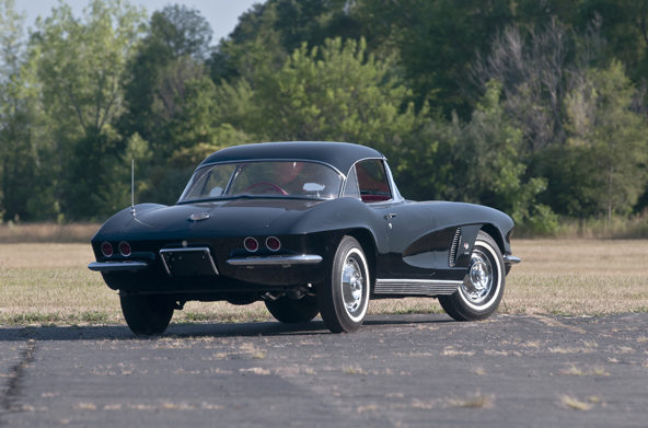 1962 Chevrolet Corvette Fuelie 327/360 HP, 4-Speed presented as lot T207 at Houston, TX 2013 - image3
