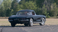 1962 Chevrolet Corvette Fuelie 327/360 HP, 4-Speed presented as lot T207 at Houston, TX 2013 - thumbail image3