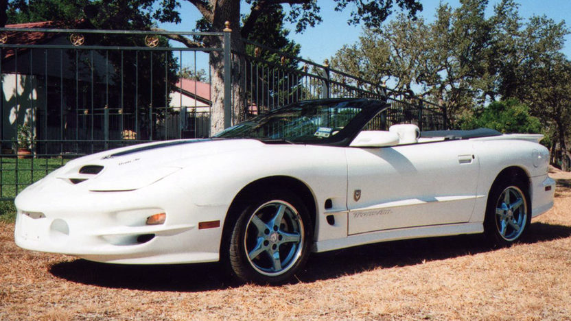 1999 Pontiac Trans Am 30th Anniversary LS1/320 HP, Automatic presented as lot T220 at Houston, TX 2013 - image2