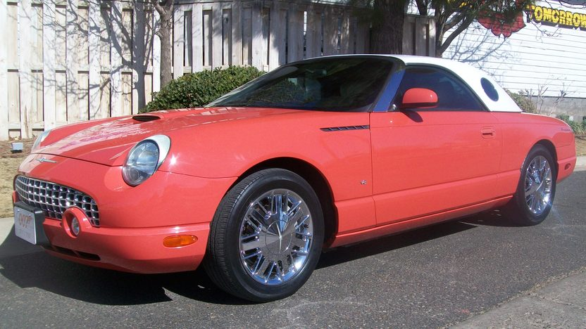 2003 Ford Thunderbird 007 Edition #371 of 700, Two Tops presented as lot T252 at Houston, TX 2013 - image8