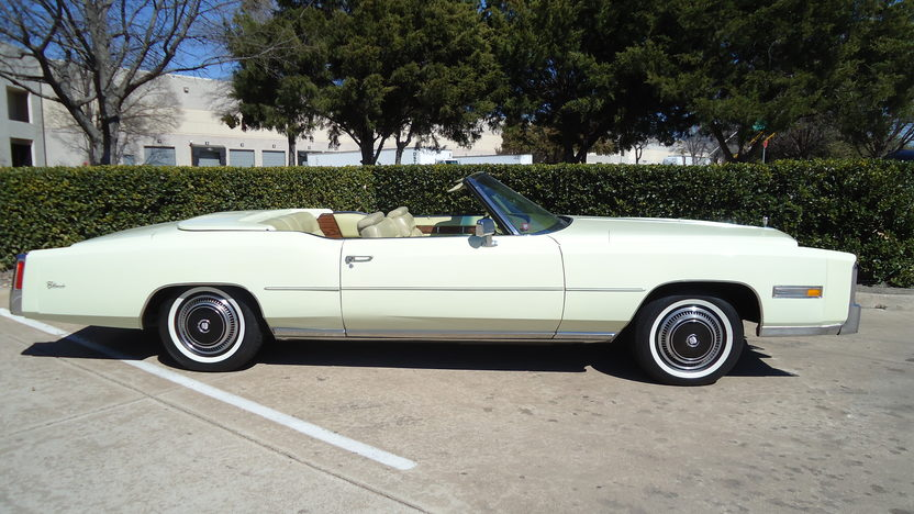 1976 Cadillac Eldorado Convertible 500 CI, Automatic presented as lot T262 at Houston, TX 2013 - image2