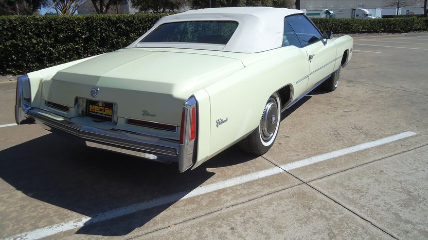 1976 Cadillac Eldorado Convertible 500 CI, Automatic presented as lot T262 at Houston, TX 2013 - image3