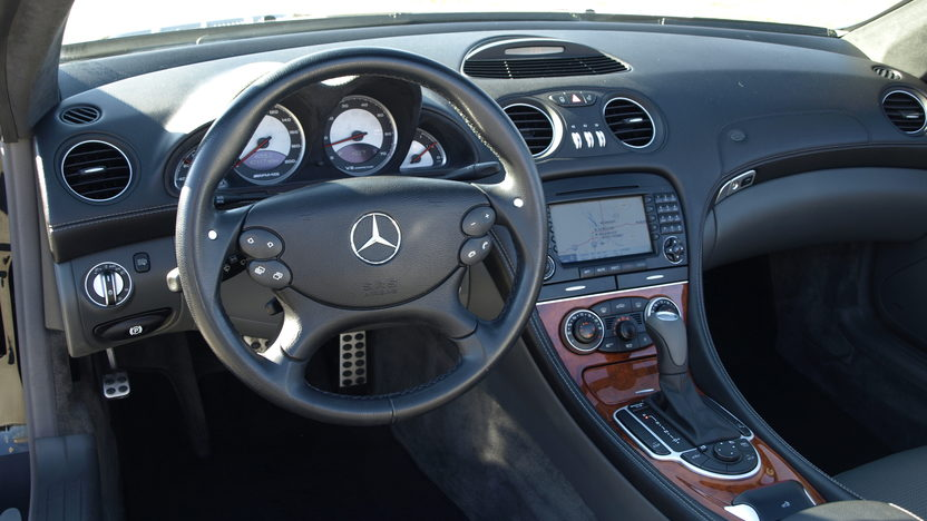 2005 Mercedes-Benz SL55 AMG Convertible presented as lot T277 at Houston, TX 2013 - image4