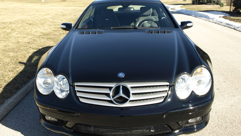 2005 Mercedes-Benz SL55 AMG Convertible presented as lot T277 at Houston, TX 2013 - image6