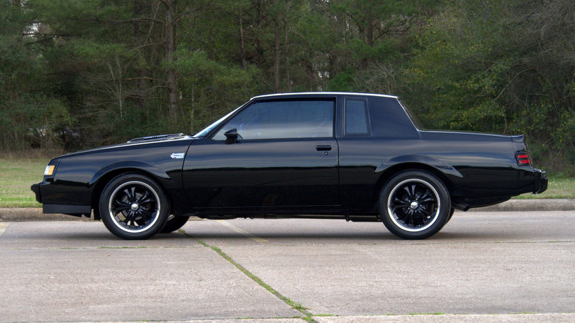 1987 Buick Regal Limited presented as lot T303 at Houston, TX 2013 - image2