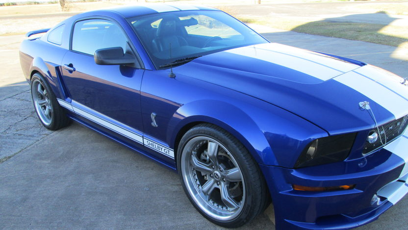 2005 Ford Mustang Coupe 4.6L, 5-Speed presented as lot T319 at Houston, TX 2013 - image8