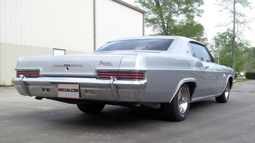 1966 Chevrolet Caprice Hardtop 396 CI, Automatic presented as lot T338 at Houston, TX 2013 - image3