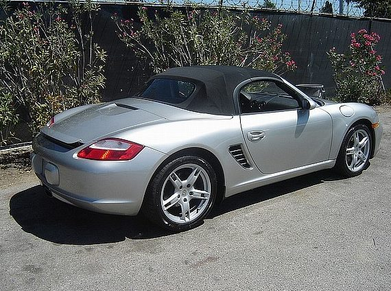 2005 Porsche Boxster Convertible presented as lot F16 at Houston, TX 2013 - image4