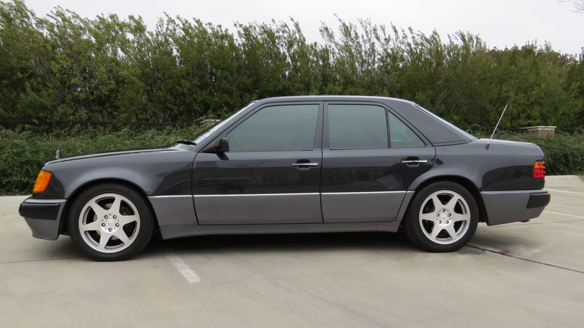 1992 Mercedes-Benz 500E Sedan Formerly Owned by William Shatner presented as lot F20 at Houston, TX 2013 - image2