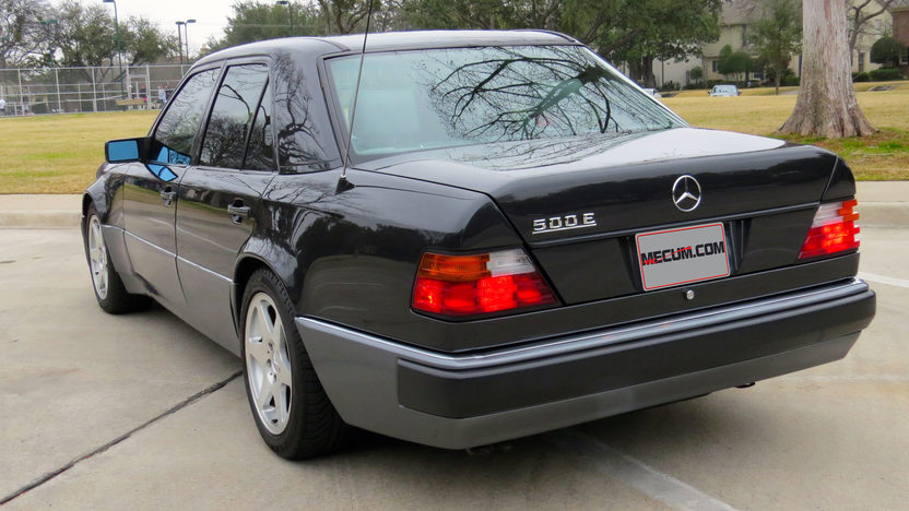 1992 Mercedes-Benz 500E Sedan Formerly Owned by William Shatner presented as lot F20 at Houston, TX 2013 - image3