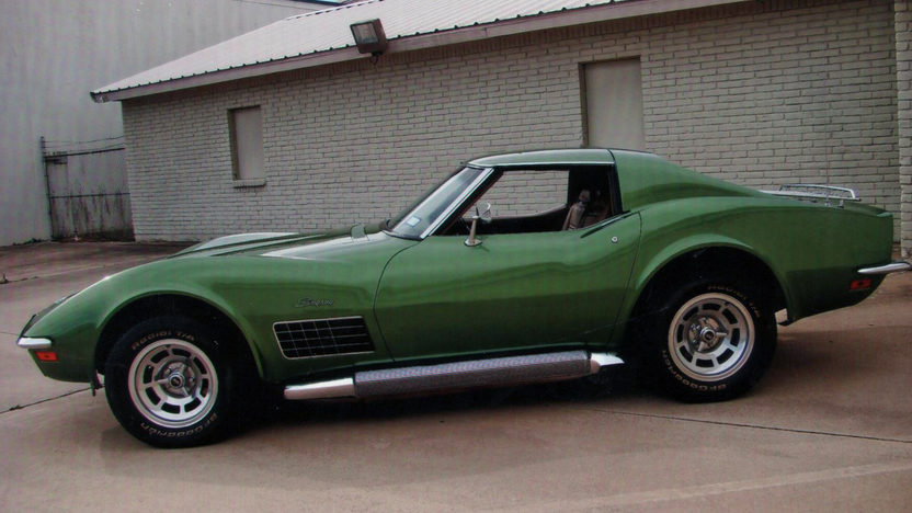 1972 Chevrolet Corvette Coupe Frame-off Restoration presented as lot F92 at Houston, TX 2013 - image2