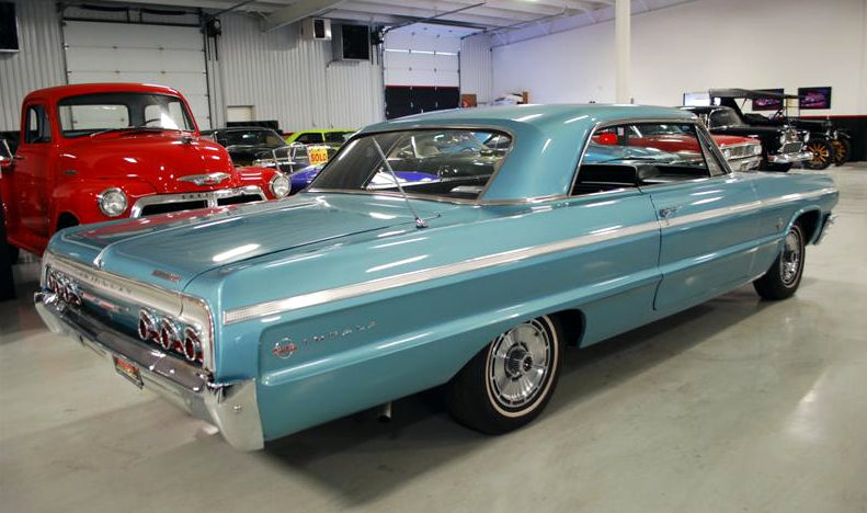 1964 Chevrolet Impala SS Hardtop 409/340 HP, 4-Speed presented as lot F129 at Houston, TX 2013 - image3