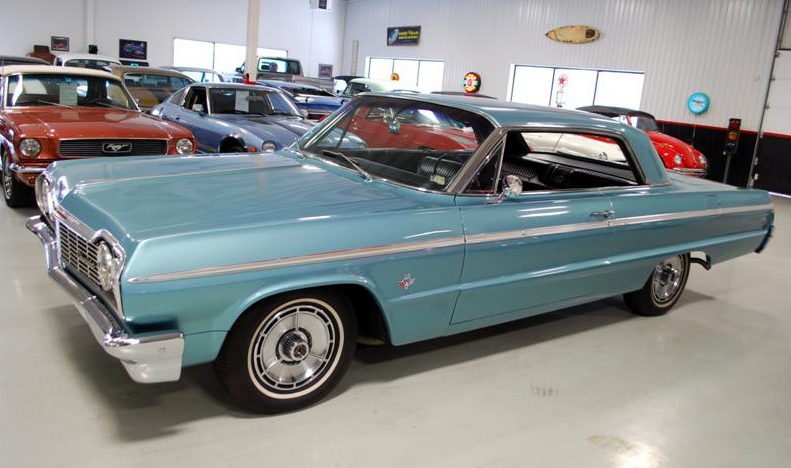 1964 Chevrolet Impala SS Hardtop 409/340 HP, 4-Speed presented as lot F129 at Houston, TX 2013 - image9