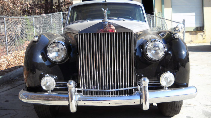 1959 Rolls-Royce Silver Cloud I 1 of 2,359 Produced presented as lot F138 at Houston, TX 2013 - image5