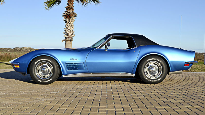 1971 Chevrolet Corvette Convertible 350/270 HP, 4-Speed, Two Tops presented as lot F151 at Houston, TX 2013 - image2