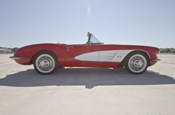1960 Chevrolet Corvette Convertible 283/245 HP, 4-Speed presented as lot F165 at Houston, TX 2013 - image4