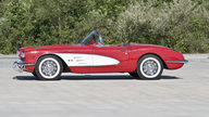 1960 Chevrolet Corvette Convertible 283/245 HP, 4-Speed presented as lot F165 at Houston, TX 2013 - thumbail image6