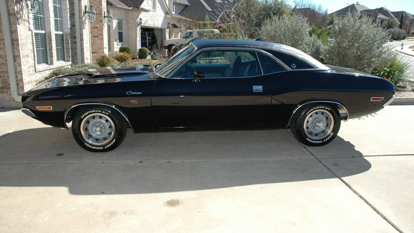 1970 Dodge Challenger R/T SE 440 CI, Automatic presented as lot F172 at Houston, TX 2013 - image2