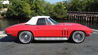 1966 Chevrolet Corvette Convertible 427/425 HP, 4-Speed presented as lot F202 at Houston, TX 2013 - thumbail image2
