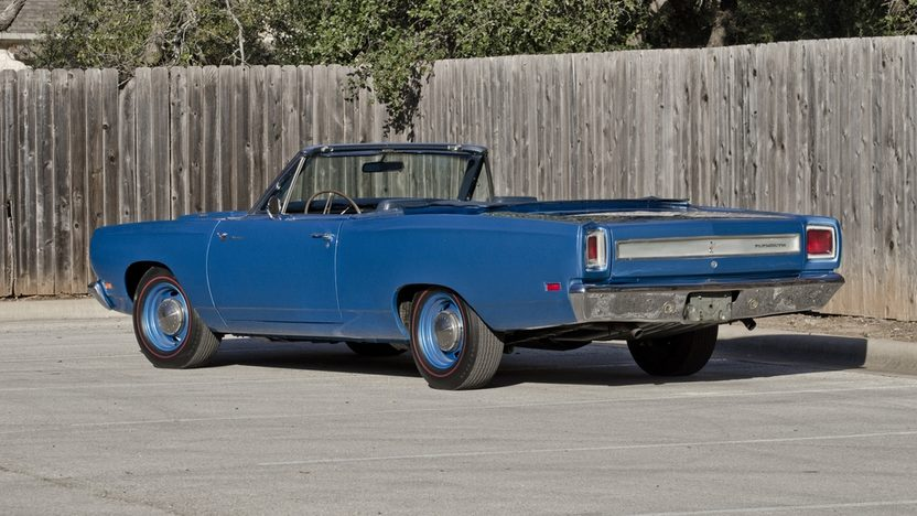 1969 Plymouth Satellite Convertible 383 CI, Automatic, Road Runner Replica presented as lot F224 at Houston, TX 2013 - image2