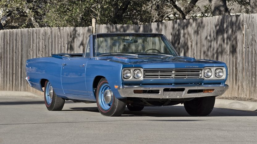 1969 Plymouth Satellite Convertible 383 CI, Automatic, Road Runner Replica presented as lot F224 at Houston, TX 2013 - image8