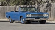 1969 Plymouth Satellite Convertible 383 CI, Automatic, Road Runner Replica presented as lot F224 at Houston, TX 2013 - thumbail image8