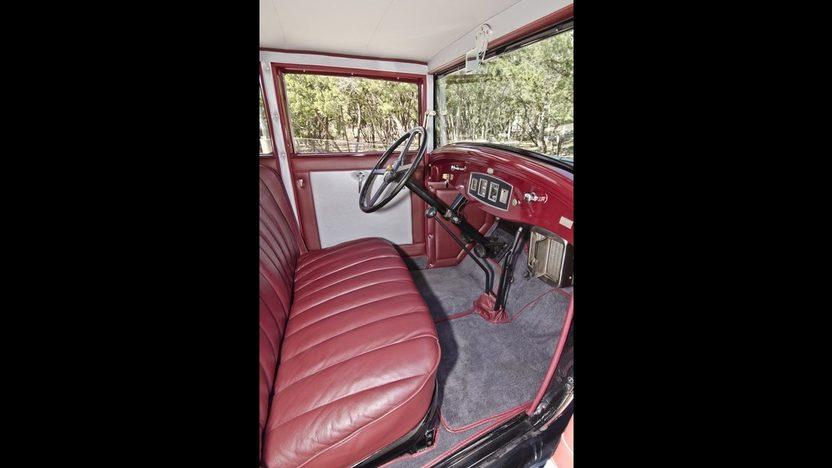 1930 Studebaker Dictator Sedan Straight Six, 3-Speed, Complete Restoration presented as lot F225 at Houston, TX 2013 - image4