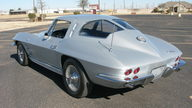 1963 Chevrolet Corvette Split Window Coupe 327 CI, Automatic presented as lot F253 at Houston, TX 2013 - thumbail image8