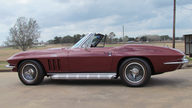 1966 Chevrolet Corvette Convertible 427/425 HP, 4-Speed presented as lot F266 at Houston, TX 2013 - thumbail image2