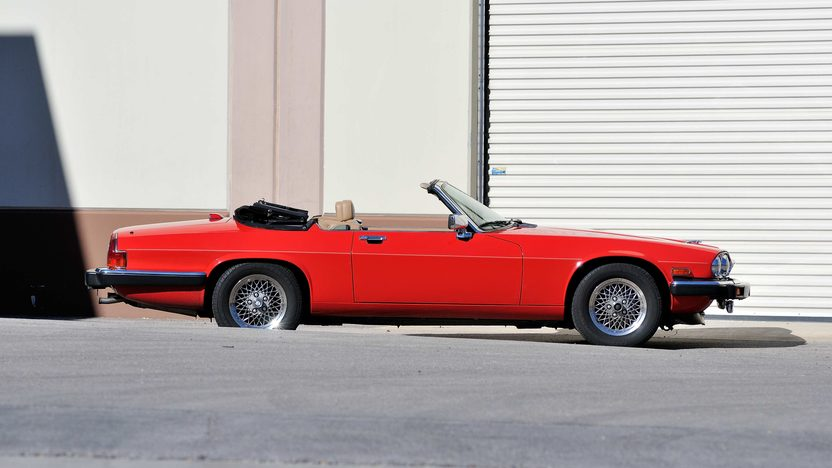 1990 Jaguar XJS Convertible 5.3L V-12, Red/Saddle presented as lot F278 at Houston, TX 2013 - image2