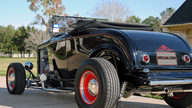 1932 Ford Hi-Boy presented as lot F284 at Houston, TX 2013 - thumbail image3